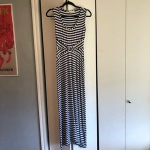 Max Studio - sleeveless maxi dress